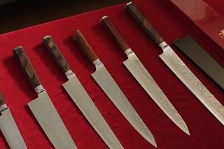 Tại sao dao đầu bếp Nhật Bản đắt 'cắt cổ'?