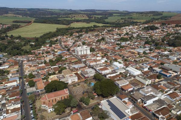 Thành phố Brazil thành 'ốc đảo miễn dịch' với Covid-19 nhờ vắc-xin