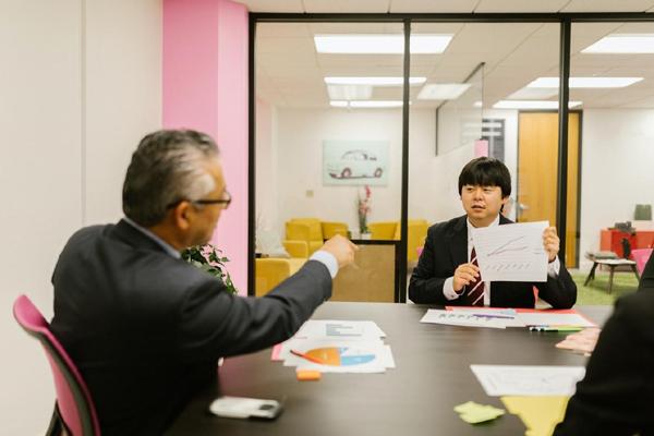 Cách đối mặt với sự chỉ trích trong công việc