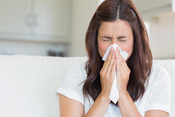 Người đã tiêm vắc xin bị nhiễm Covid-19 có triệu chứng như thế nào?
