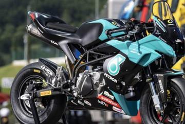 Cận cảnh xe đua Petronas phiên bản giới hạn, giá 269 triệu