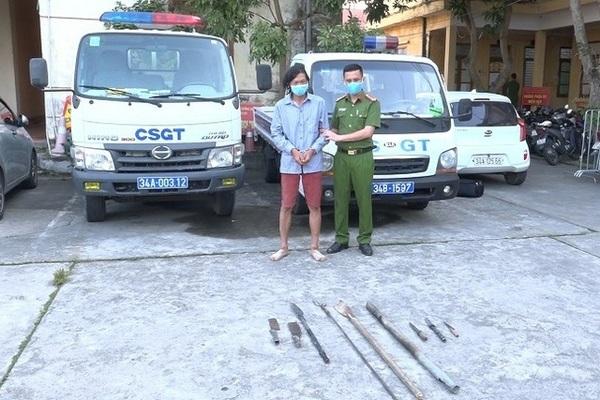 Bắt tạm giam kẻ dùng đinh ba làm bị thương Phó Công an huyện ở Hải Dương