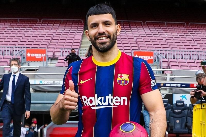 Sergio Aguero hứa cùng Messi làm điều lớn lao cho Barca