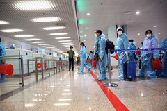 Hanoi to close airport to int'l arrivals amid resurgence of COVID-19
