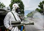 Quân khu 7 dùng xe đặc chủng phun hoá chất khử trùng quận Gò Vấp