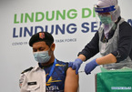 Malaysia bùng phát dịch mạnh, vắc-xin Covid-19 có 'thế hệ thứ hai'