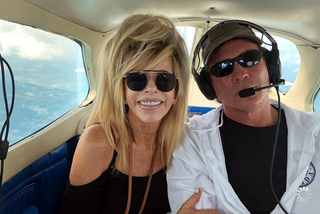 Trục vớt 7 thi thể vụ vợ chồng tài tử Tarzan tử nạn vì máy bay rơi
