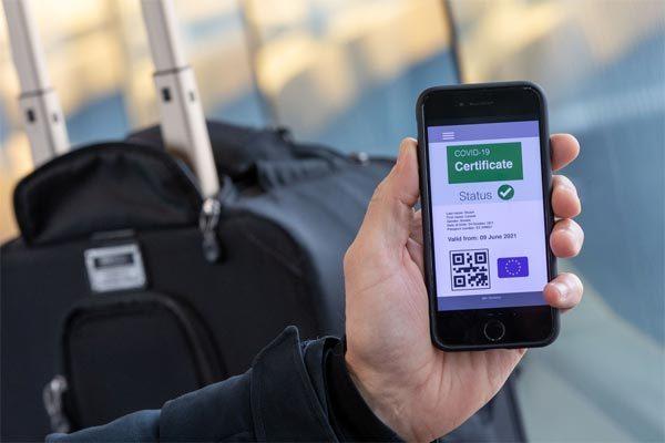 Châu Âu bắt đầu lưu hành 'hộ chiếu vắc xin Covid-19 số'