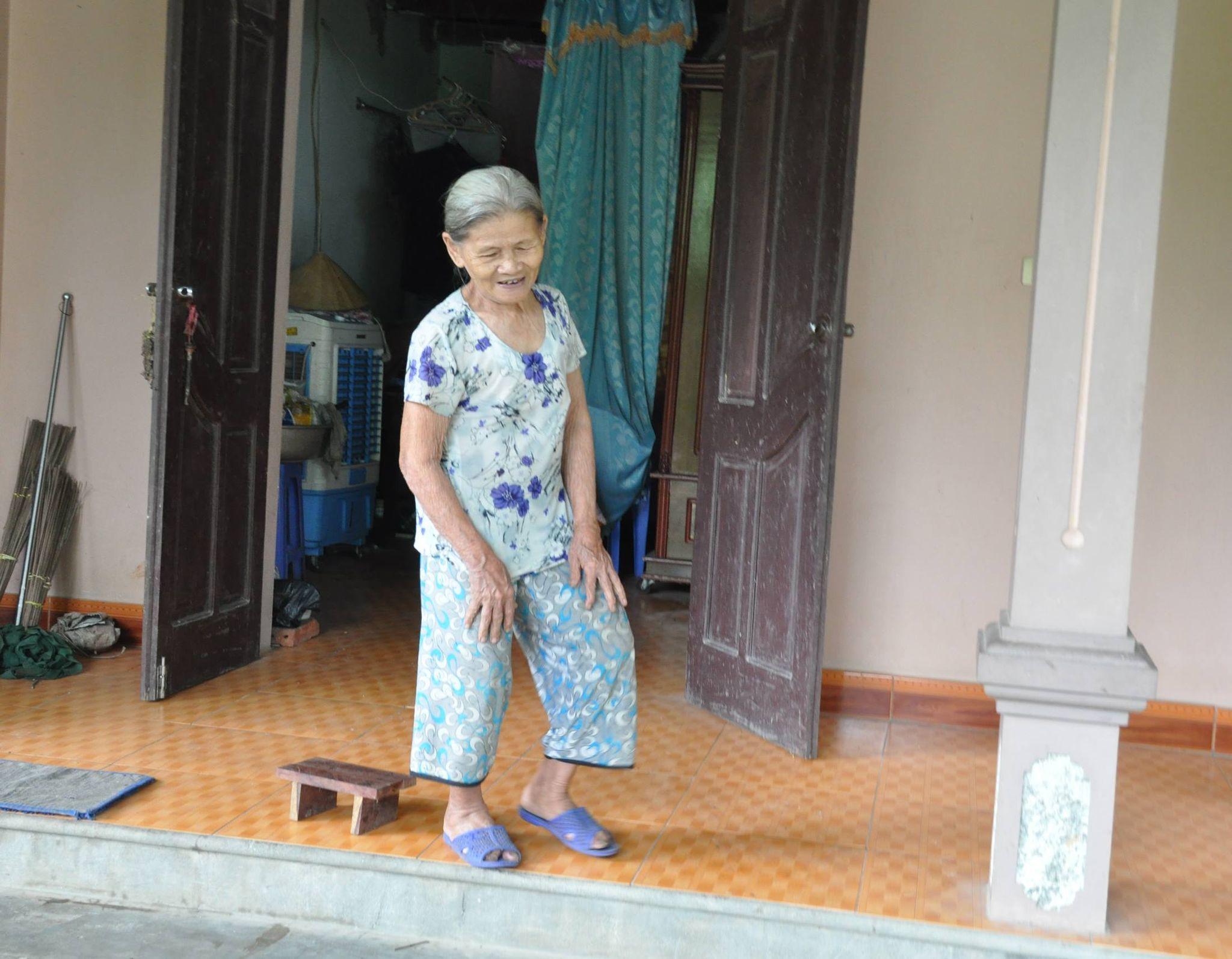 Giấc mộng hàng đêm của mẹ già 80 tuổi 20 năm ngóng con trai biệt tích