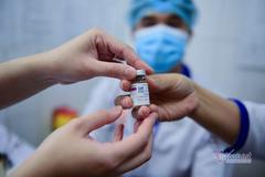 Tin mới từ Bộ Tài chính, tính toán lo tiền mua vắc xin cho toàn dân