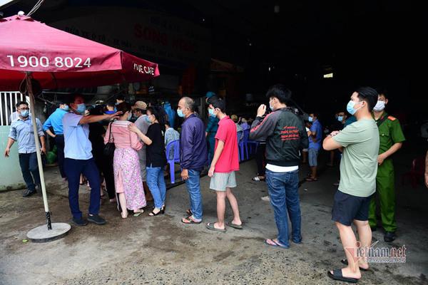 TP.HCM khẳng định không có 70 ca F0 ở một ngân hàng quận Tân Bình