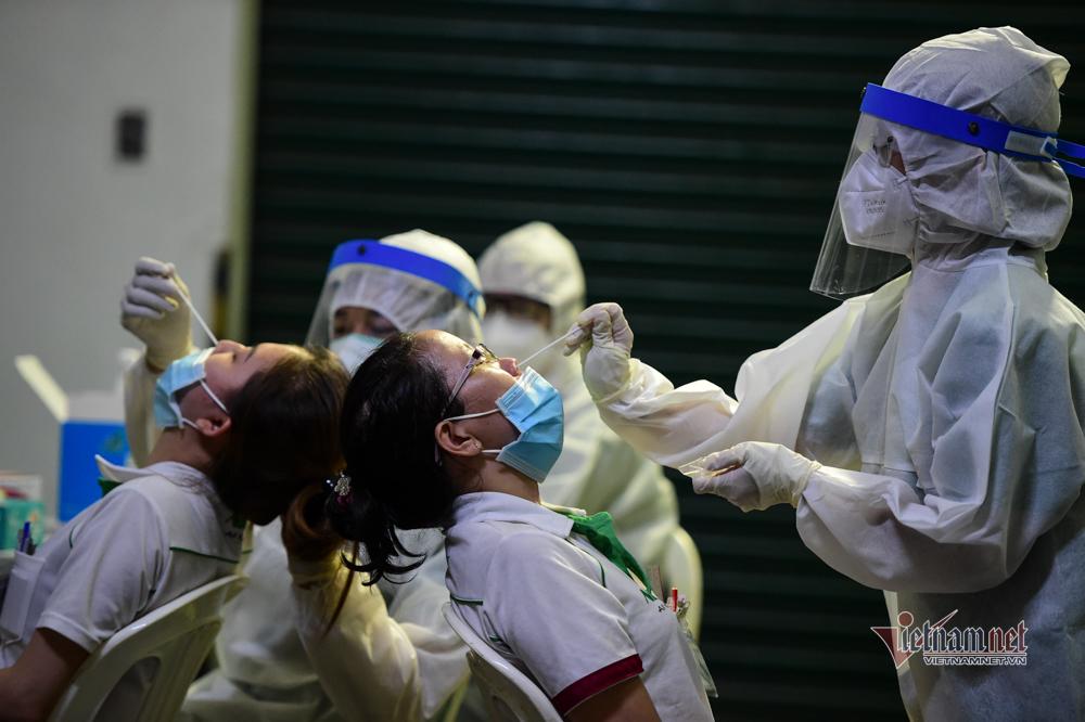 TP.HCM thêm 18 ca dương tính nCoV, có một nhân viên y tế chưa rõ nguồn lây