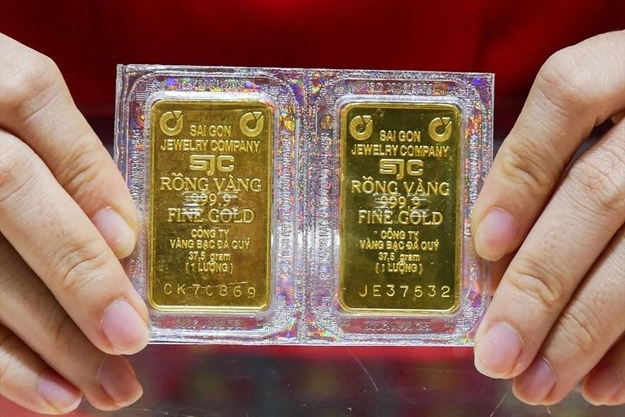 Nhà đầu tư vàng lãi lớn sau 1 năm sóng gió