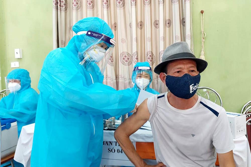 Bắc Giang xin Thủ tướng tạo 'làn xanh' khi tiêu thụ vải thiều