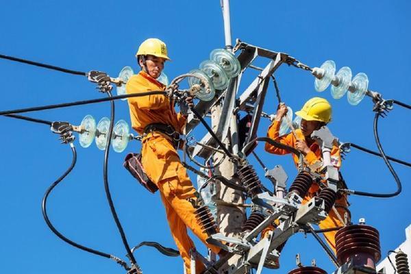 Sản lượng tiêu thụ điện toàn quốc tiếp tục lập kỷ lục mới
