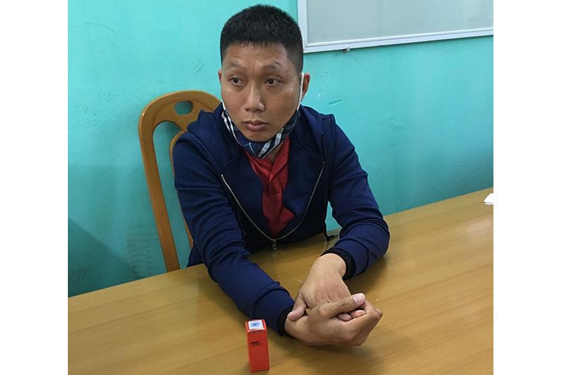 Bắt kẻ làm giả con dấu thu tiền người dân tại chốt kiểm soát ra, vào Quảng Ninh