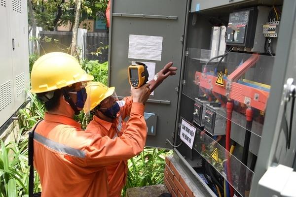 EVN Hanoi: Không cắt điện nếu nhiệt độ trên 360C