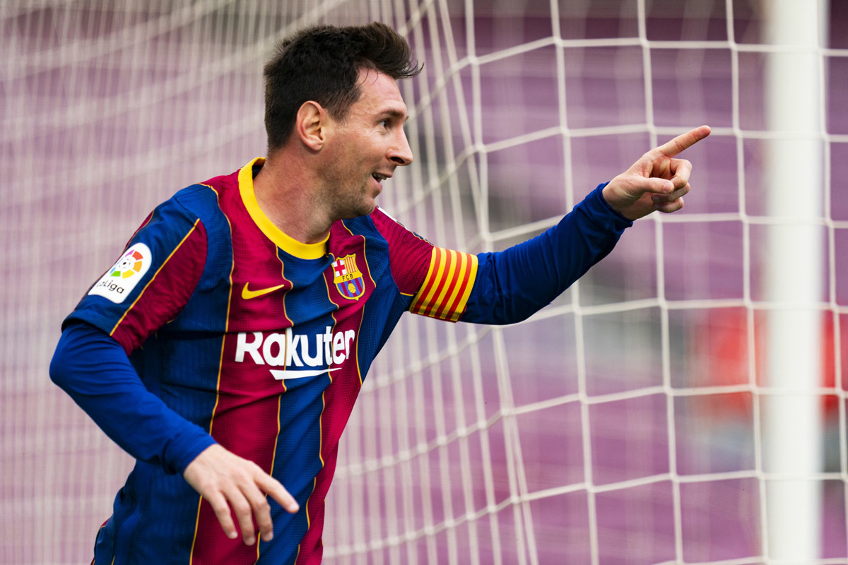 MU tiếp cận Calhanoglu, Messi ở lại Barca