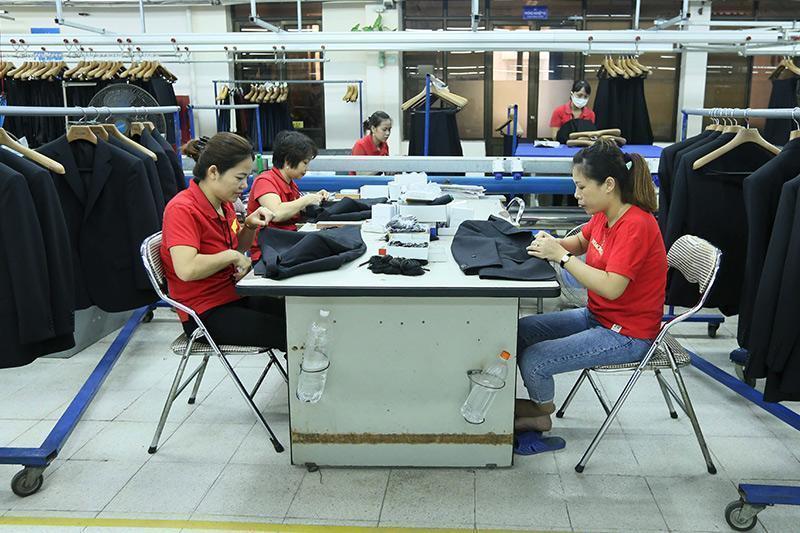 private economic sector,GDP,FIEs,vietnam economy