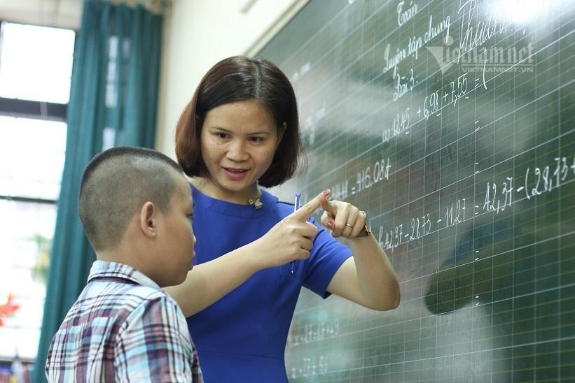 Áp dụng quy định mới về phụ cấp thâm niên cho giáo viên từ 1/8/2021