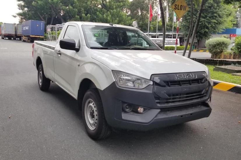 Giá 399 triệu, bán tải Isuzu D-Max về Việt Nam liệu có thoát 'ế'?