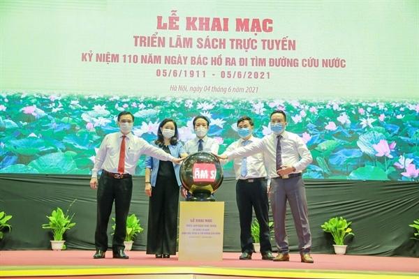 Triển lãm sách trực tuyến kỷ niệm ngày Bác Hồ ra đi tìm đường cứu nước