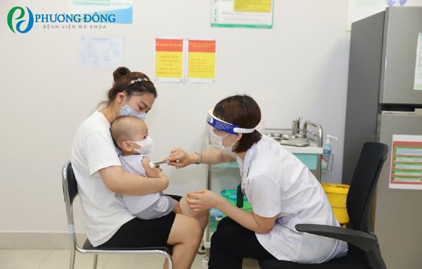 Bệnh viện Phương Đông - địa chỉ tiêm phòng cho bé trong mùa dịch