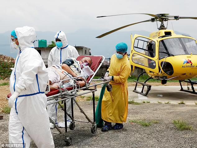 Chủng virus nCoV mới xuất hiện ở 13 hành khách bay tới Nhật Bản