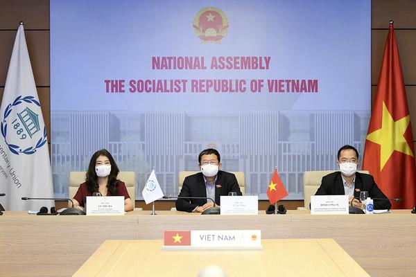 Quốc hội Việt Nam kêu gọi Nghị viện các nước thúc giục Chính phủ chuyển đổi mô hình phát triển theo hướng bền vững