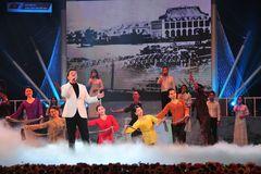 Thanh Lam, Đăng Dương hát kỷ niệm 110 năm ngày Bác Hồ ra đi tìm đường cứu nước