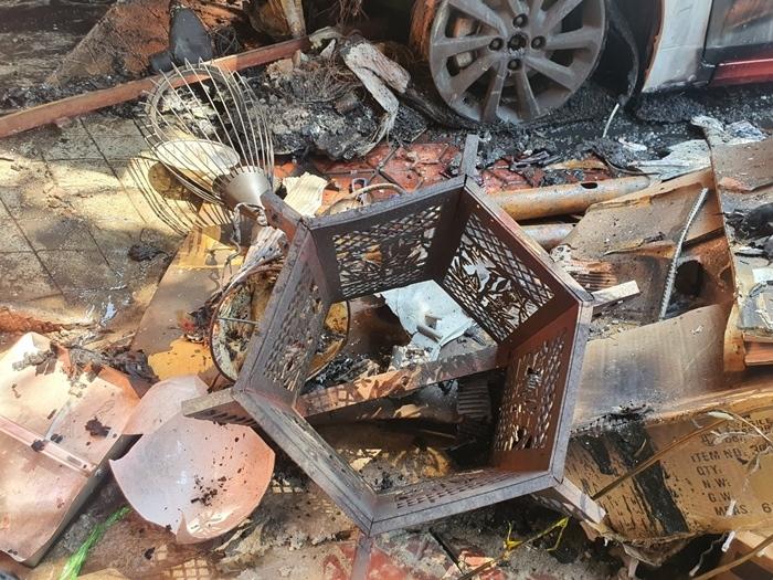 Hiện trường vụ cháy nhà 3 tầng khiến cả gia đình 4 người tử vong