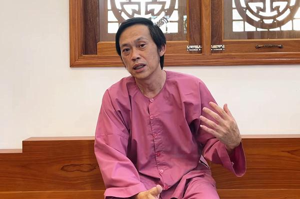 Hoài Linh xin lỗi và giải trình việc chậm trễ 14 tỷ tiền từ thiện
