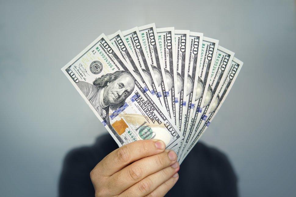 Tỷ giá ngoại tệ ngày 7/6: Giảm kích thích, USD giảm giá