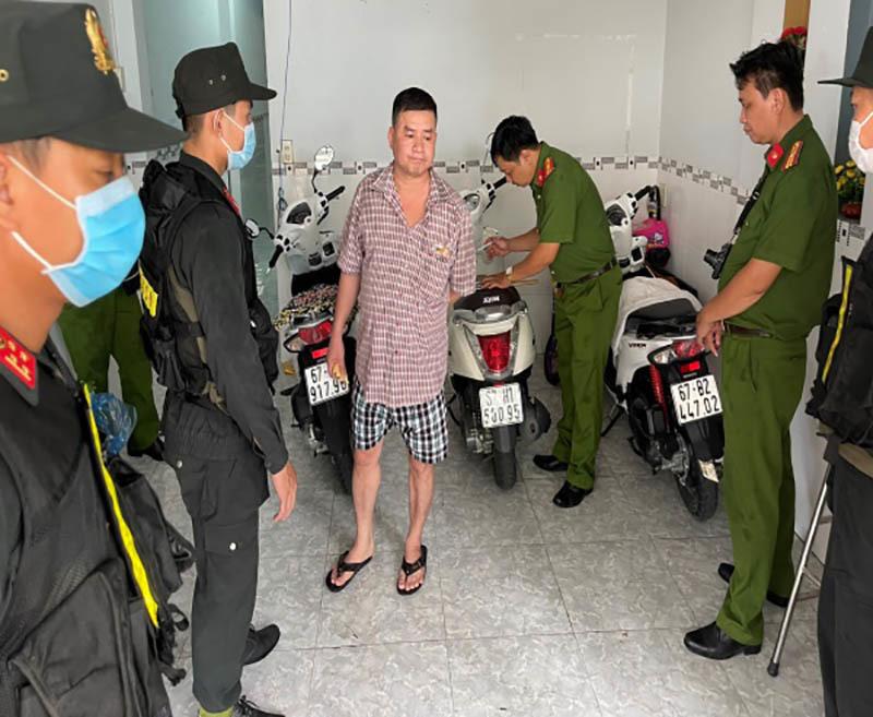 Đại tá Đinh Văn Nơi trực tiếp chỉ đạo bắt đường dây đánh bạc lớn