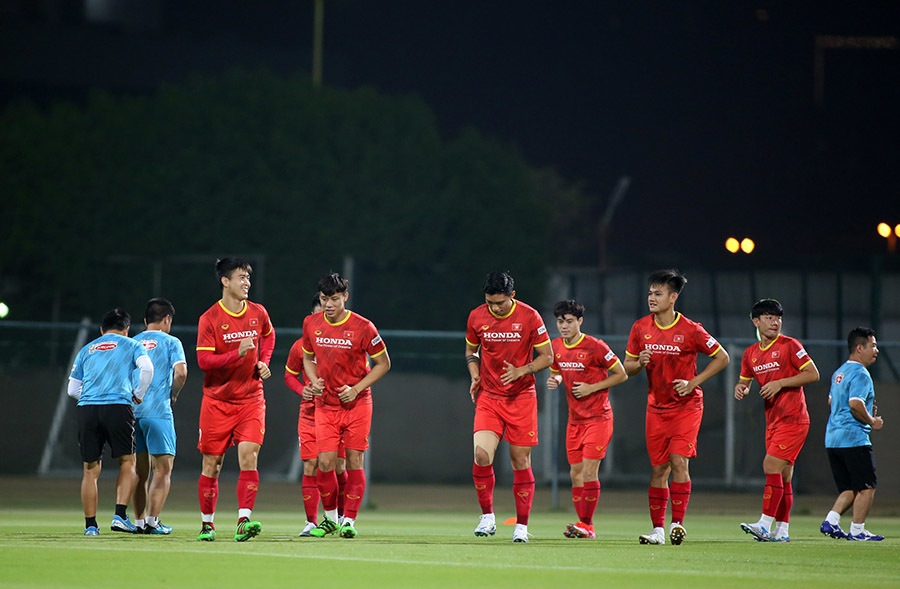 Tuyển Việt Nam luyện 'tuyệt chiêu' chờ đấu Indonesia