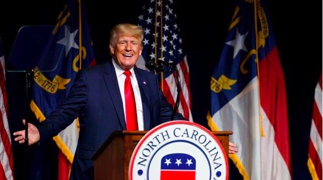 Ông Trump đòi Trung Quốc bồi thường 10 nghìn tỷ USD vì Covid-19