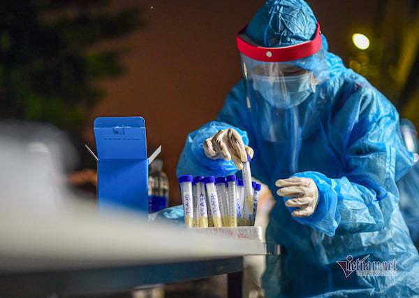 Nữ nghiên cứu sinh dương tính với SARS-CoV-2, 40 người phải cách ly tập trung