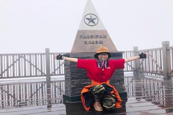 Cô kỹ sư nông nghiệp chinh phục 15 đỉnh núi cao ở Việt Nam trong 2 năm