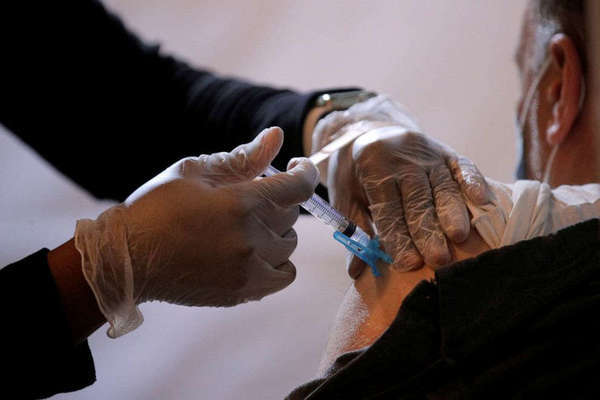 Mỹ vượt mốc quan trọng trong chiến dịch tiêm vắc xin Covid-19