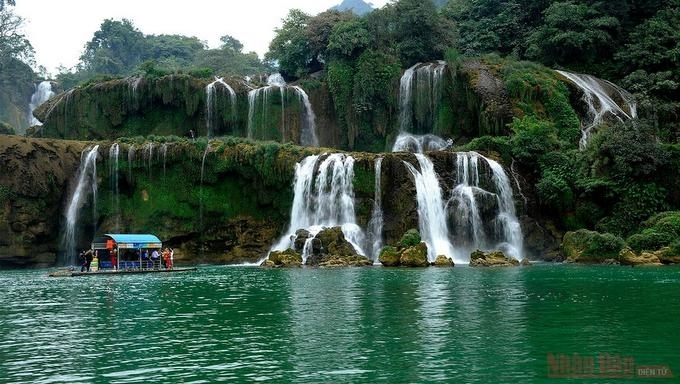 Waterfalls,Ban gioc,khuoi nhi,dai yem