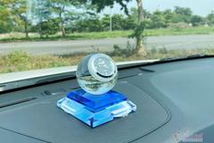 Có nên để quả cầu pha lê trong ô tô ngày nắng?