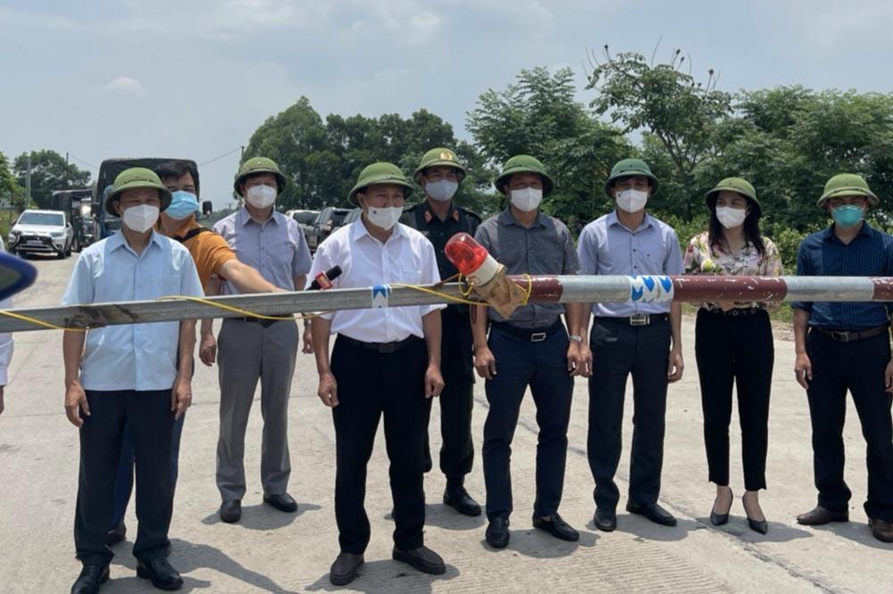 Bắc Giang chuyển từ cách ly sang giãn cách xã hội với 2 huyện