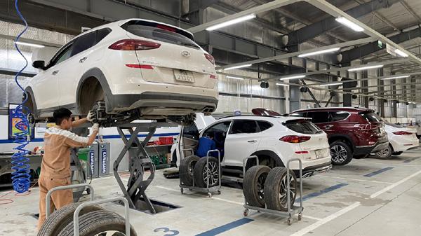 Chăm sóc xe hơi chuyên nghiệp tại xưởng dịch vụ Hyundai An Khánh
