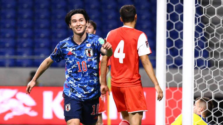 Nhật Bản đi tiếp ở vòng loại World Cup sau chiến thắng '4 sao'