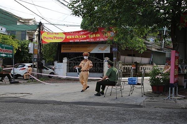 Cách ly xã hội thành phố Hà Tĩnh theo chỉ thị 16 từ 12h trưa nay