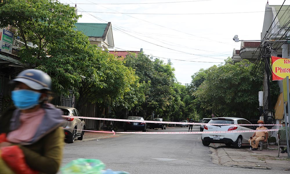 Phong tỏa Bệnh viện Hà Tĩnh vì có nhân viên nhiễm Covid-19