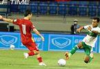 Rợn người với lối chơi 'chém đinh chặt sắt' của cầu thủ Indonesia