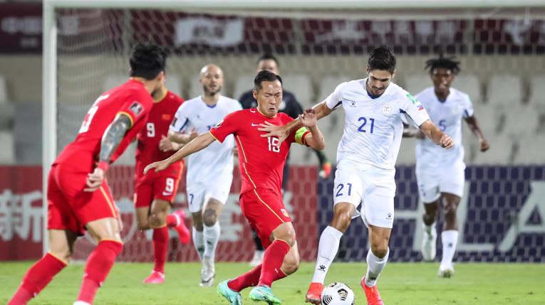 Bóng đá Đông Nam Á thua tan tác, tuyển Việt Nam tiếp tục bay cao