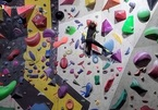 Xem cô bé 'người nhện' trổ tài leo trèo tuyệt đỉnh
