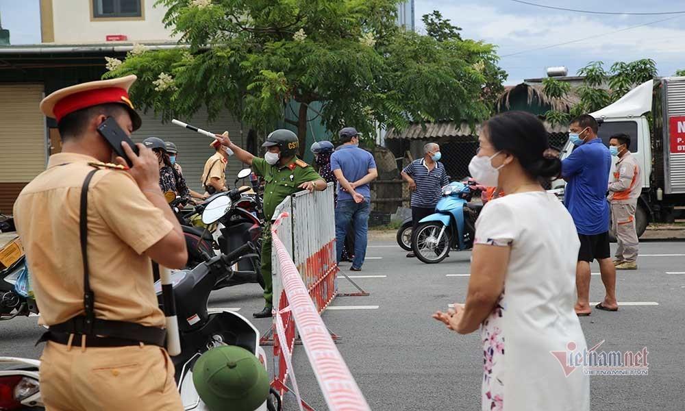 Thành phố Hà Tĩnh vắng lặng, hơn 100.000 người thực hiện cách ly xã hội